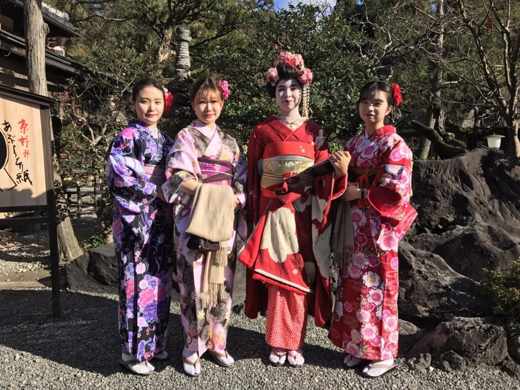 韓国から着物レンタル!京都で舞妓さんと❣2016年12月25日23