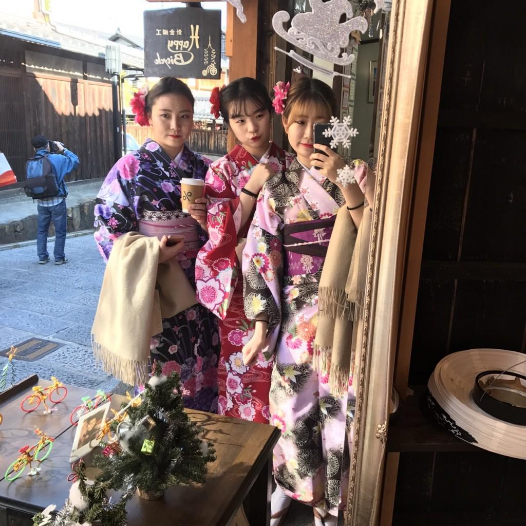 韓国から着物レンタル!京都で舞妓さんと❣2016年12月25日25