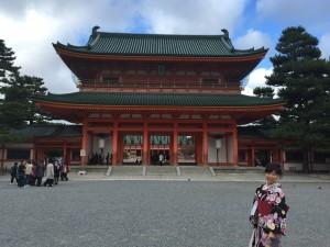四条烏丸の京都レンタルきもの古都で平安神宮神苑へ!1