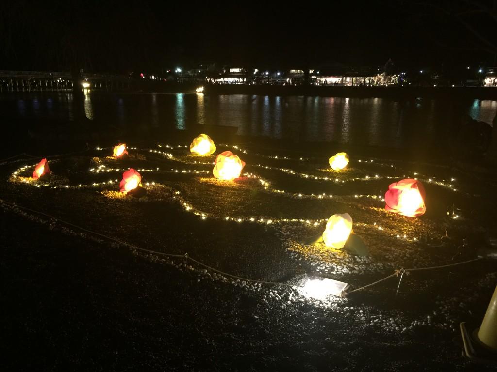 四条烏丸から20分!古都の着物レンタルで京都嵐山花灯路へ!2 3