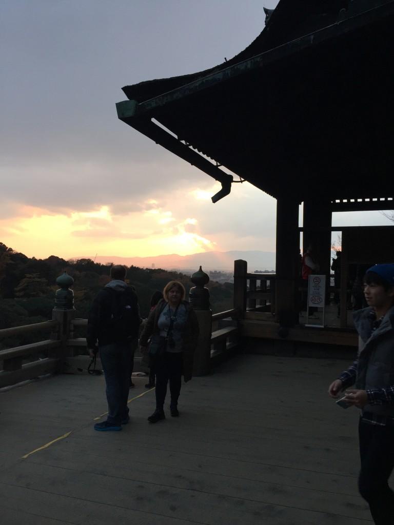着物レンタルで「今年の漢字」「安」を見に京都 清水寺へ1