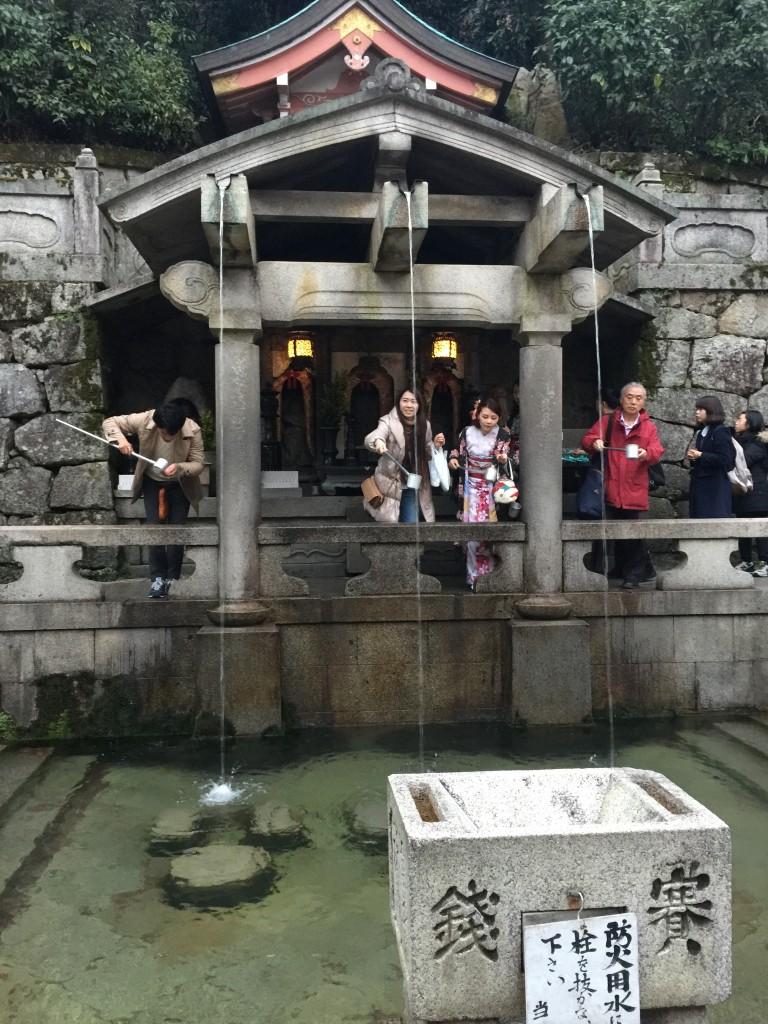 着物レンタルで「今年の漢字」「安」を見に京都 清水寺へ6