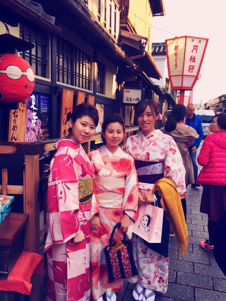 インドネシアからの団体様!春の京都を着物レンタルで満喫♪2016年3月28日20