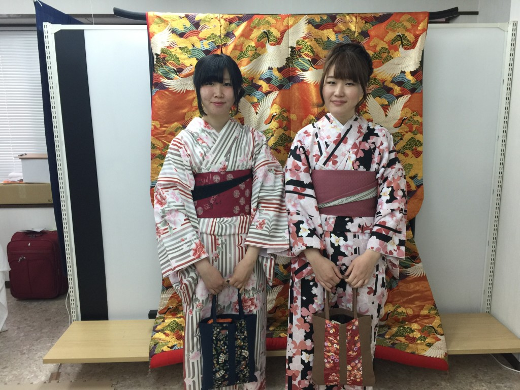 インドネシアからの団体様!春の京都を着物レンタルで満喫♪2016年3月28日11