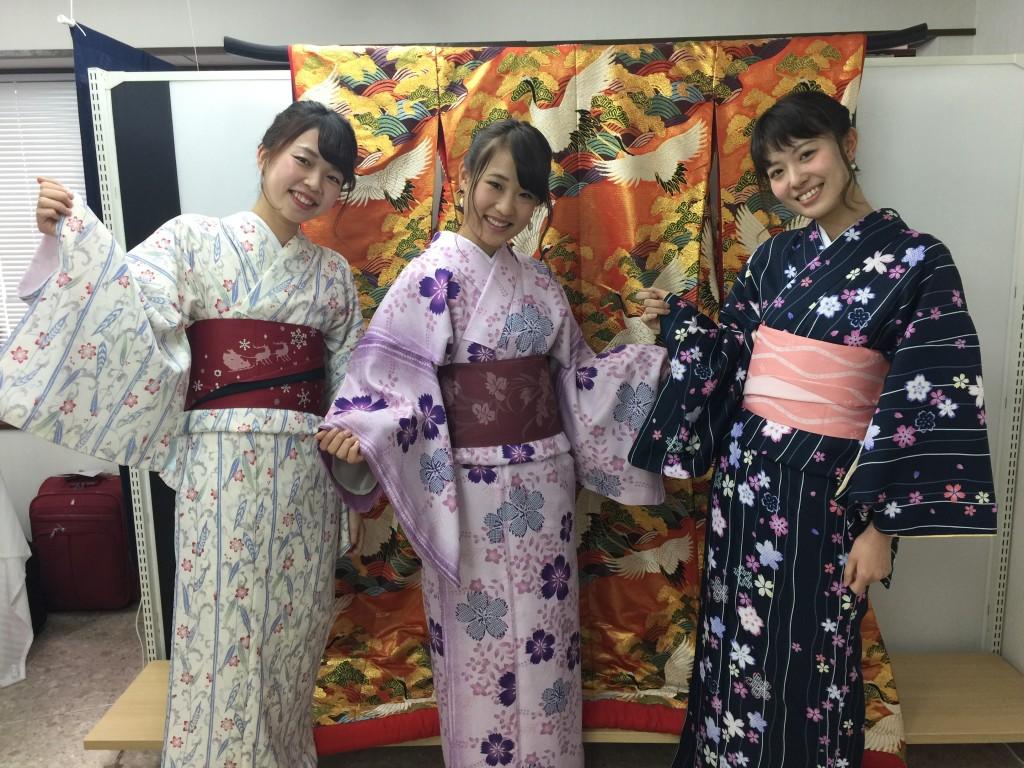 インドネシアからの団体様!春の京都を着物レンタルで満喫♪2016年3月28日15