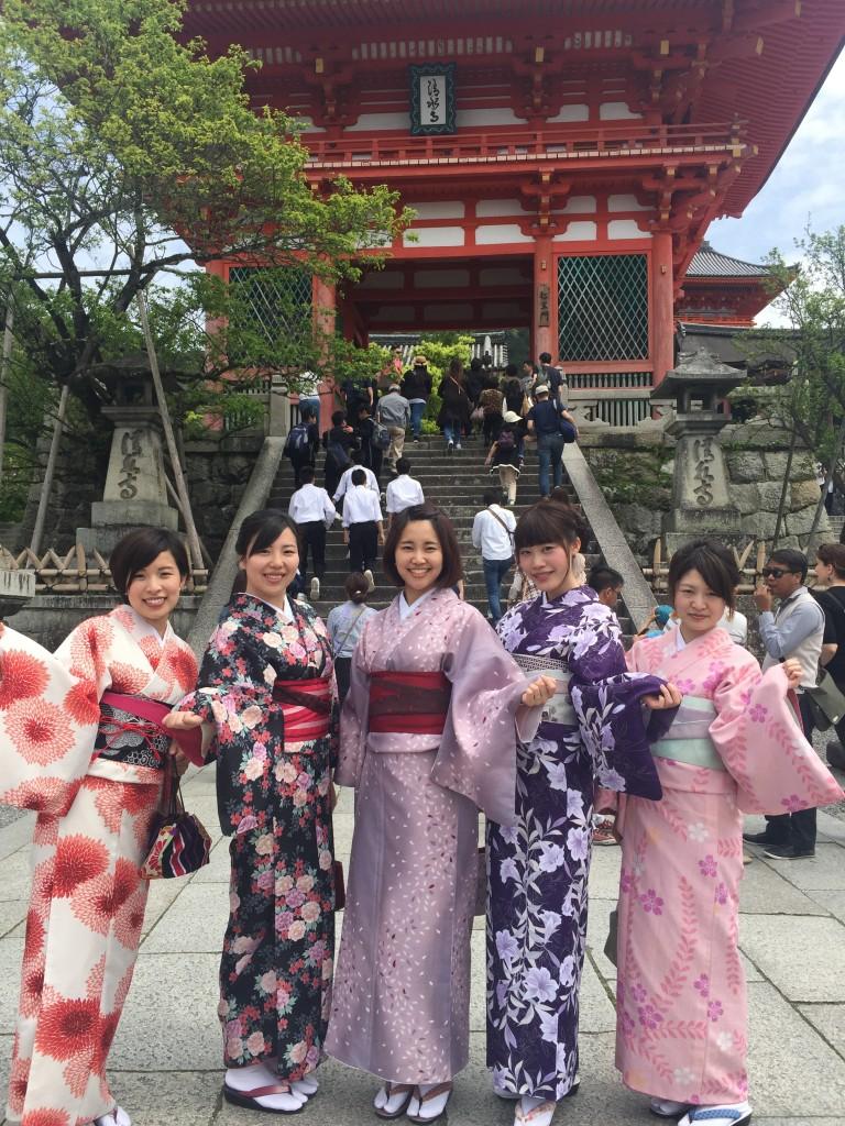 京都の着物レンタルで週末の団体女子旅行♪2016年4月23日13