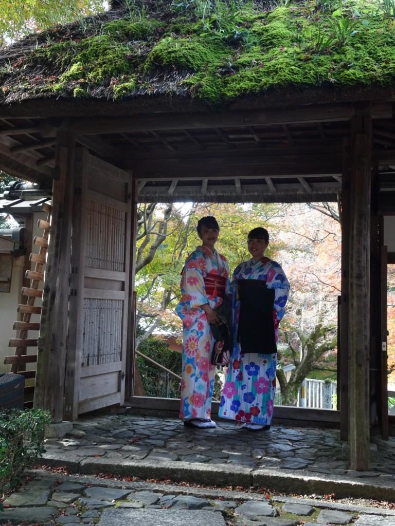 羽織いらずの良いお天気!東山を人力車で♪2016年11月30日17