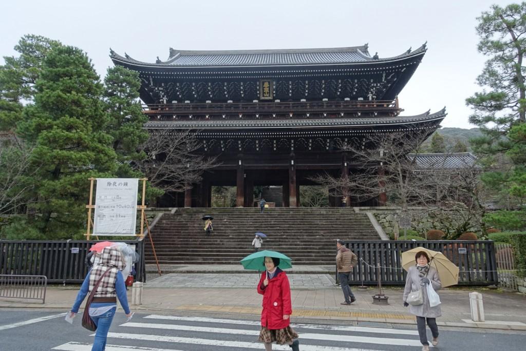 NHKゆく年くる年おなじみ京都 知恩院の除夜の鐘!試し撞き2016年12月27日1