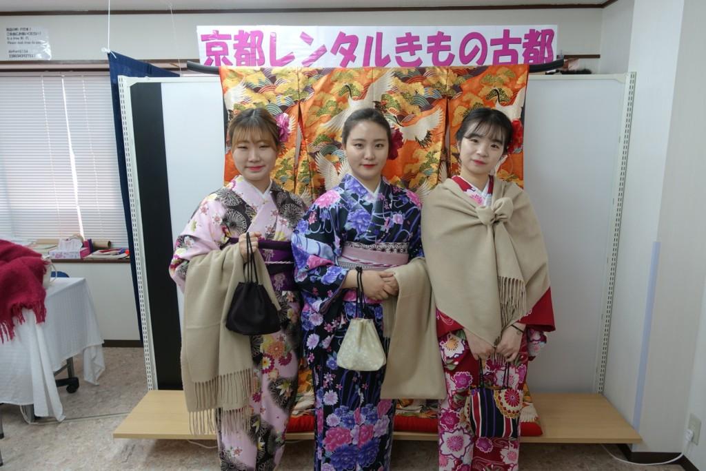 韓国から着物レンタル!京都で舞妓さんと❣2016年12月25日3