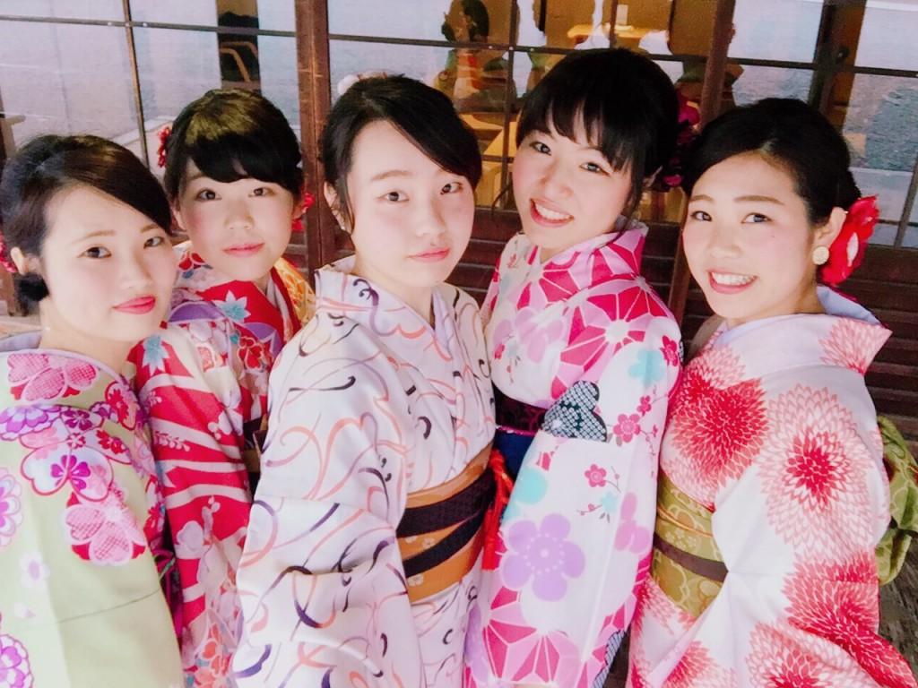 高校の時の同級生同士で八坂庚申堂へ❣2017年1月23日7