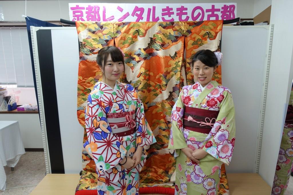 人気スポットは八坂庚申堂と伏見稲荷大社2017年2月21日13