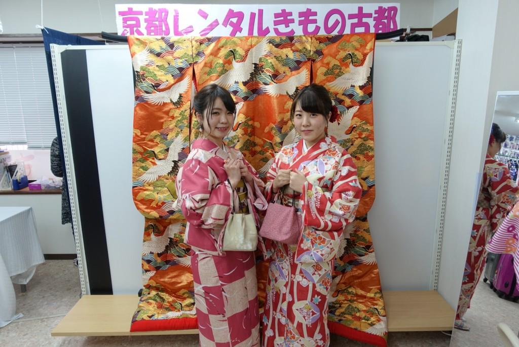 人気スポットは八坂庚申堂と伏見稲荷大社2017年2月21日12