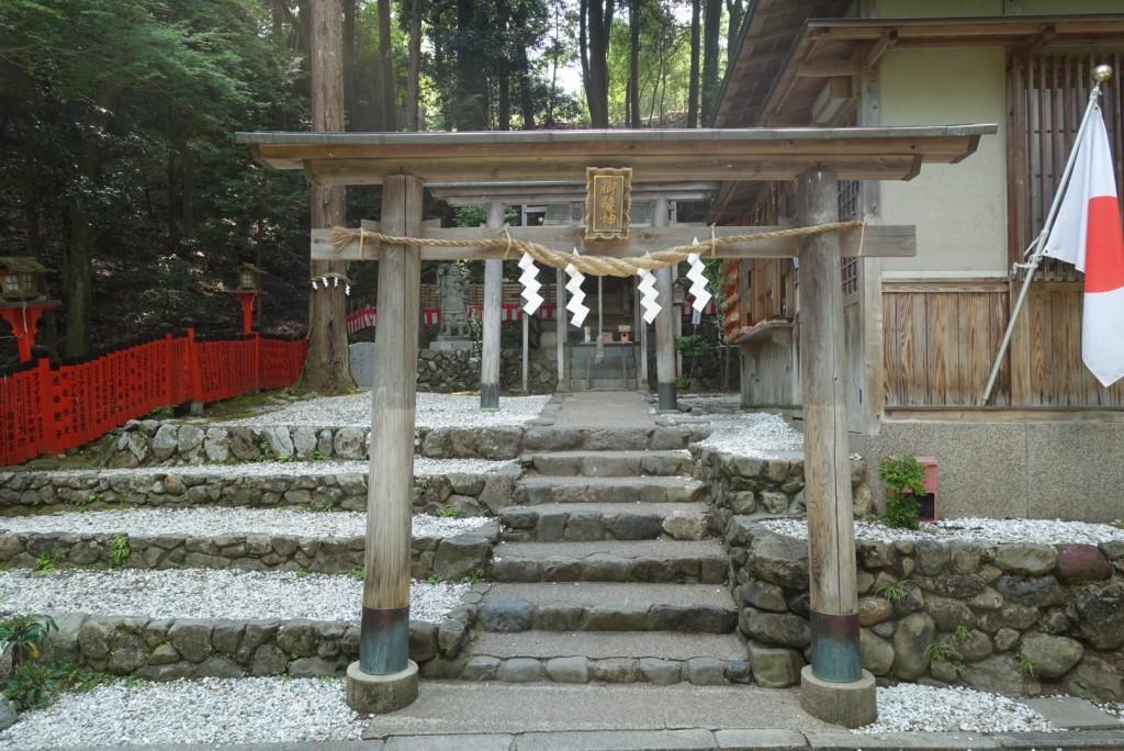 御髪神社(みかみじんじゃ)2
