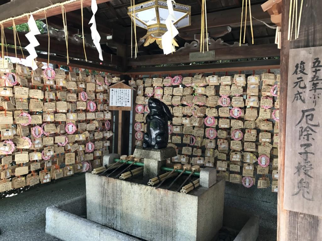 うさぎ神社として有名な「東天王 岡崎神社」5