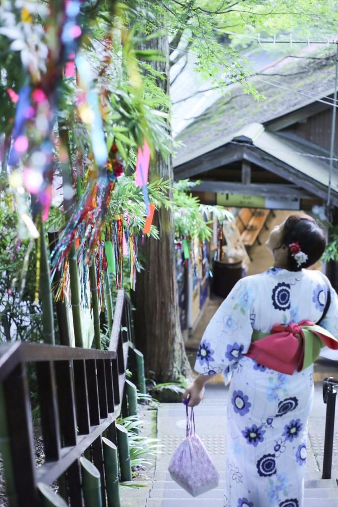浴衣で貴船神社七夕笹飾りライトアップ大人気♪2017年7月26日4