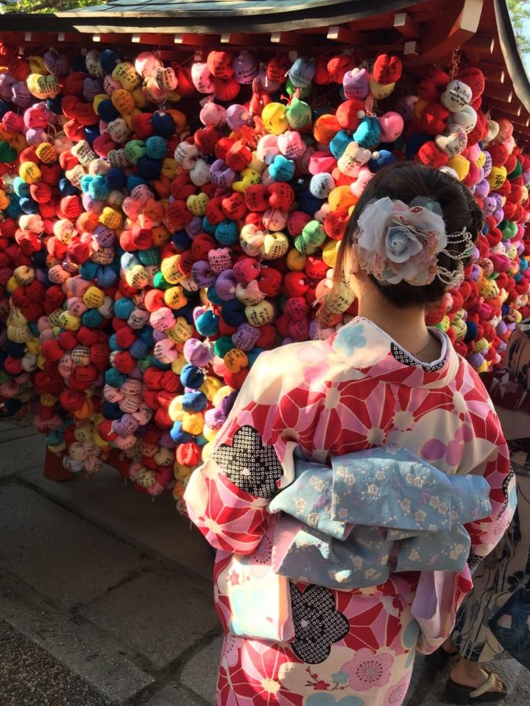 京都の風情ある街並みをバックに後ろ姿❣2017年9月26日1