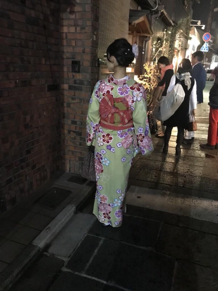 昼も夜も紅葉で大賑わいの京都2017年11月25日13