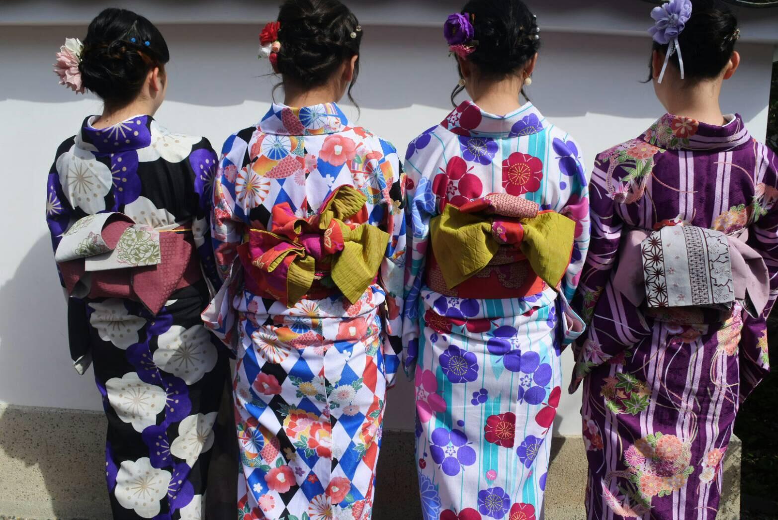 卒業旅行に着物で伏見稲荷大社へ♪2019年3月13日3