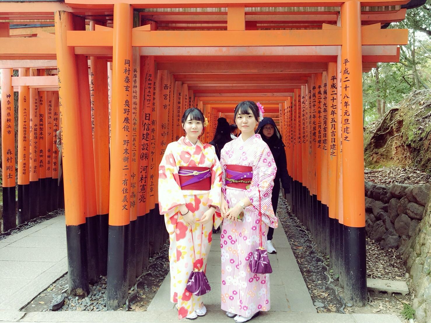 卒業旅行に着物で伏見稲荷大社へ♪2019年3月13日5