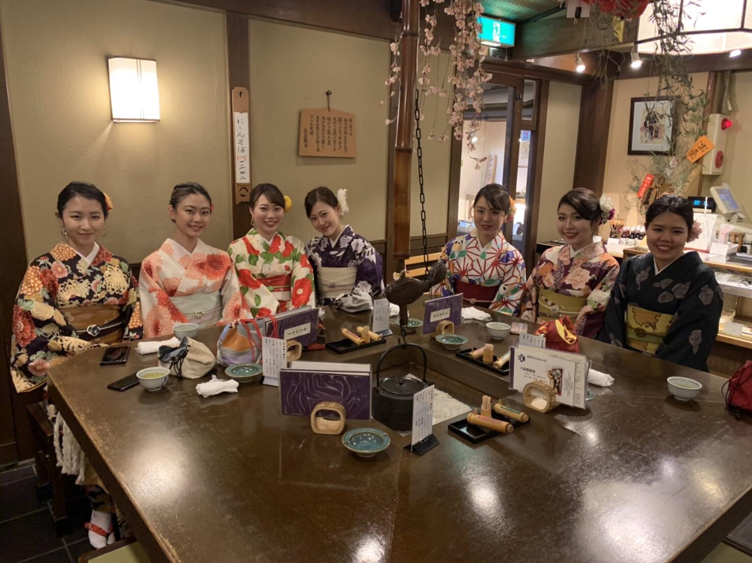卒業の思い出に皆で京都で着物レンタル♪2019年3月17日2